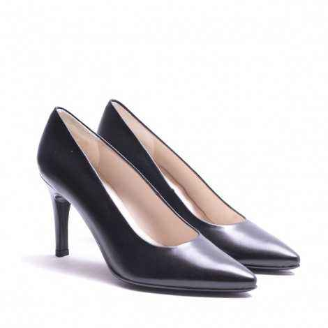 Black Leather Heel Shoes