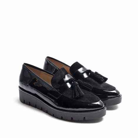 Black Tassels Loafer