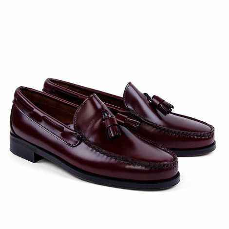 Tassel Loafer in Burgundy Leather
