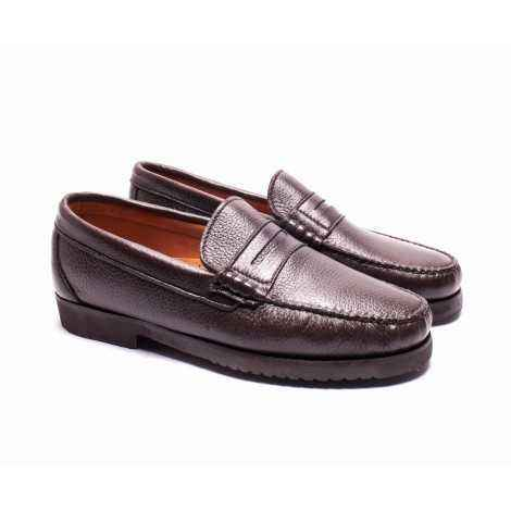 Brown Deer's Loafer