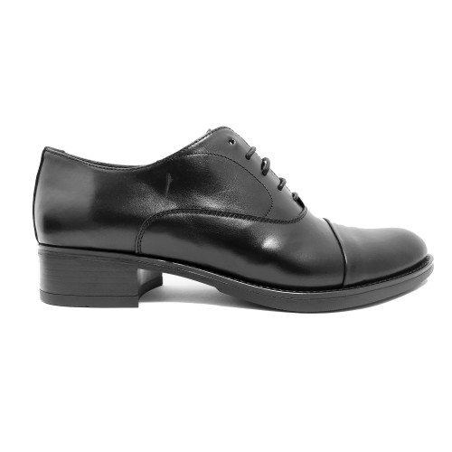 Classic Oxford in black leather