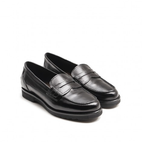 Black Letahr Loafer