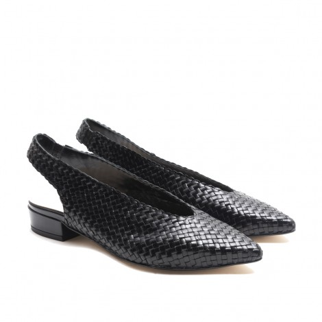 Slingback shoes in black woven