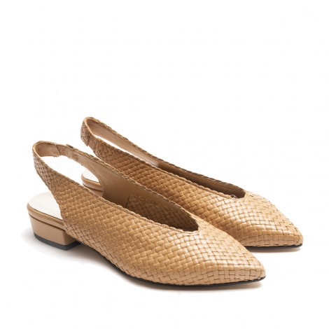 Slingback shoes in Tan woven