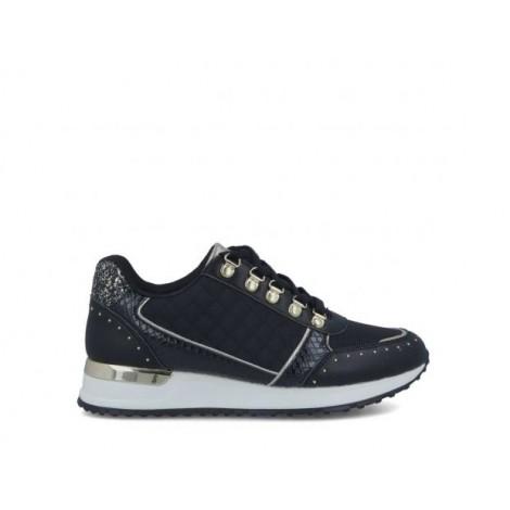 Studs Sneakers