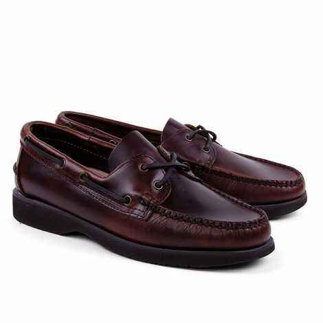Boat Shoes in Brown Leather