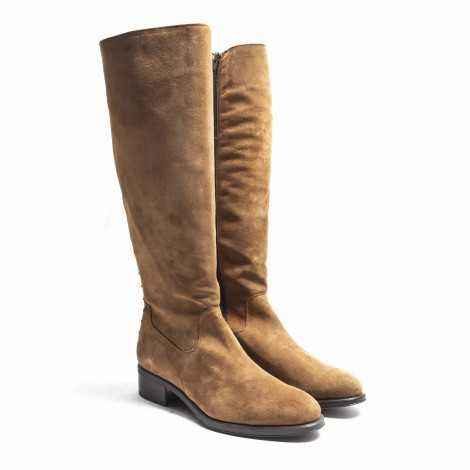 Studs Flat Boot