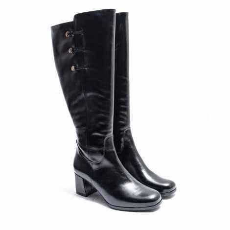 XXL Boots