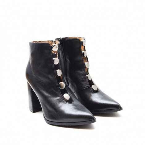 Buttoned Ankle Boot