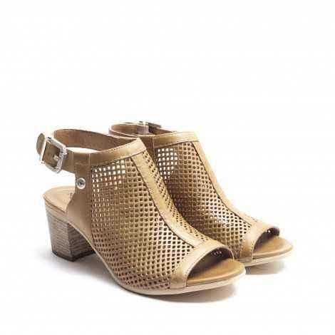 Sandalia Perforada